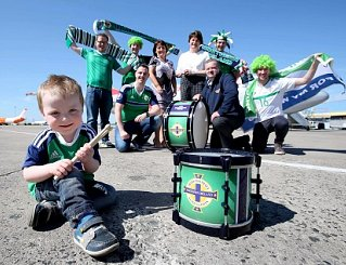 Arlene Foster drums up support for firm hitting right beat with the Green & White army.